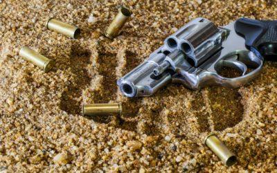 Gefahren von Waffen zur Selbstverteidigung: Mehr Sicherheit durch Waffen?
