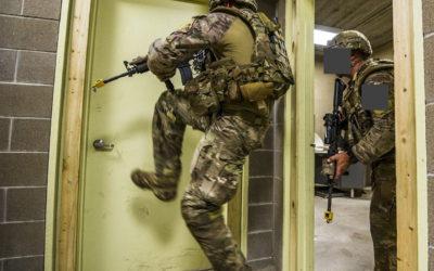 Taktische Hosen für Militär & Security: Funktionen und Nutzen